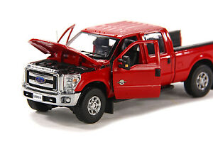 Ford-F250-Pickup-Truck-Crew-Cab-6-Ft-Bed-034-Red-034-1-50-Sword-SW1200RC