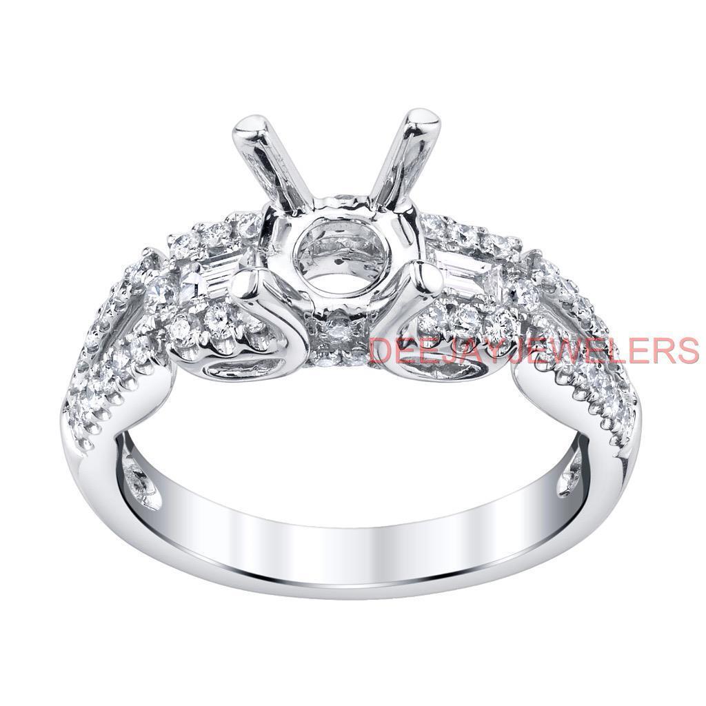 Engagement Ring Setting Baguette Diamond VS1 0.67ct 18k White gold