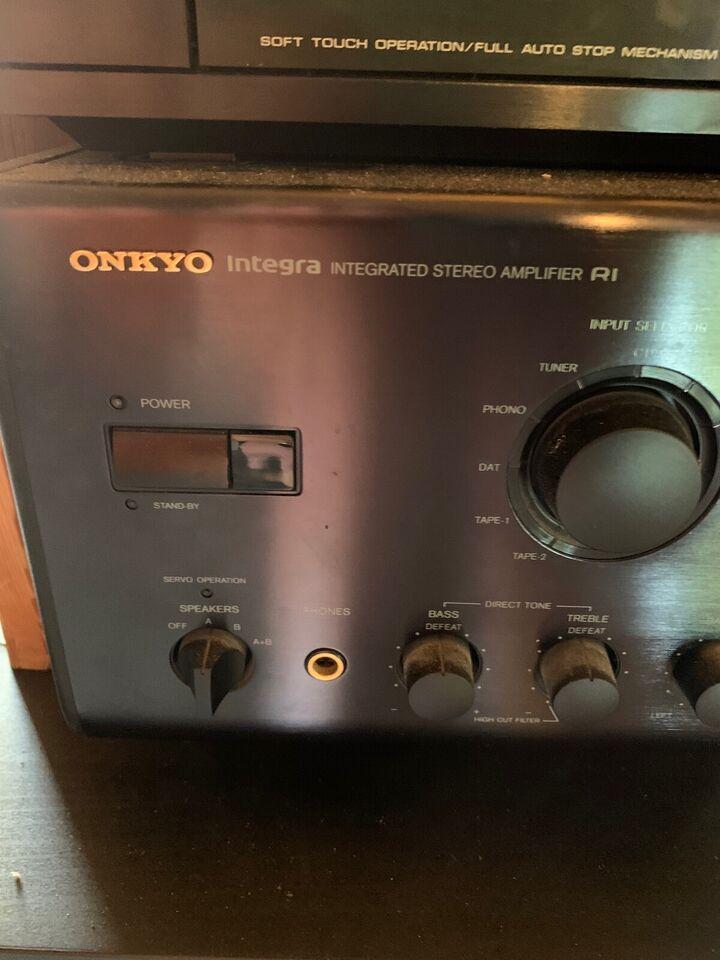 Forstærker, Onkyo, A-807