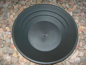 Gold-Pans-10-pieces-Panning-10-034-High-Impact-Plastic-BLACK-Prospecting-WHOLESALE