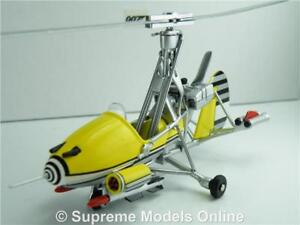 Details about LITTLE NELLIE GYROCOPTER MODEL JAMES BOND AIRCRAFT 1:43  YELLOW GYRO YOLT T4Z