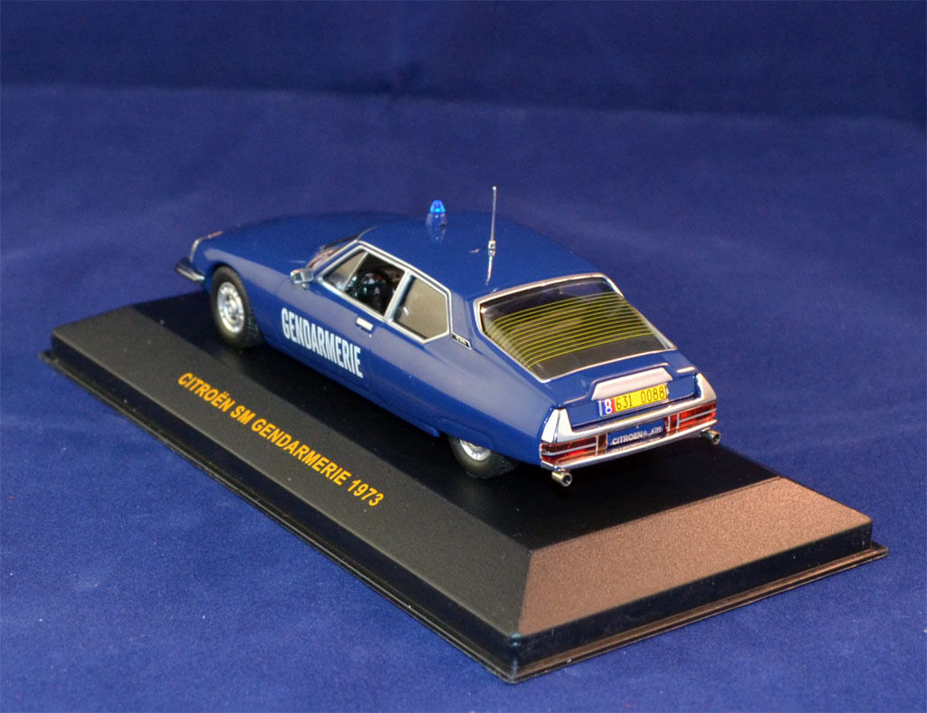 1 1 1 43 1973 CITROEN SM GENDARMERIE - IXO CLC097 - POLICE 1595a3