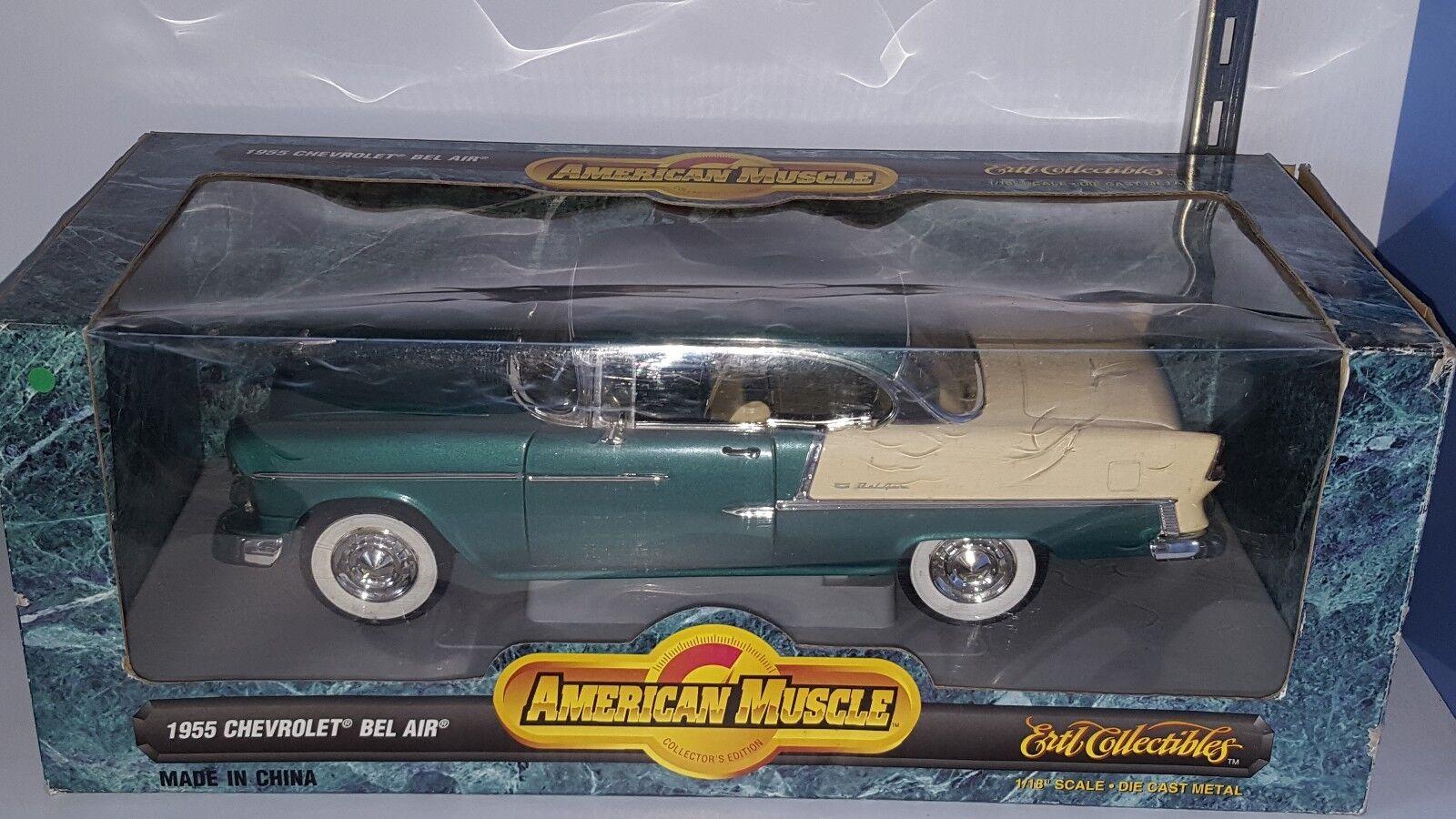 1 18 Ertl 1955 Chevrolet Bel Air Hardtop medio mar verde y marfil RD