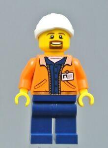 LEGO City Hospital Doctor Nurse Paramedic Surgeon Minifigure Train Town Scenery