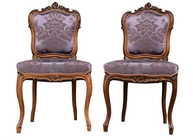 Paire de chaise style Louis XV noyer et soie
