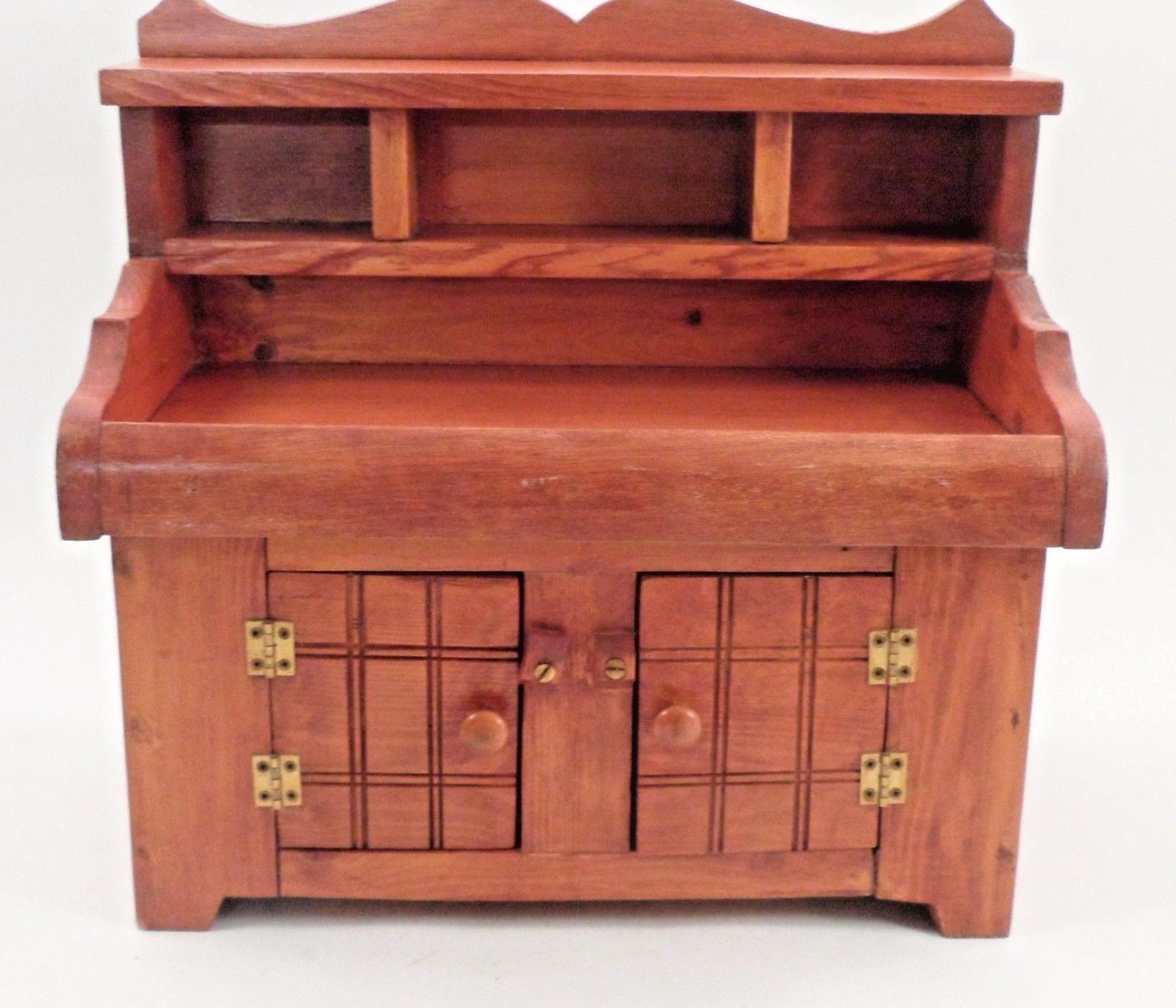 Sorprendente Vendedor Muestra Pequeña Muñeca Juguete Antiguo Mueble Aparador armario con fregadero seco