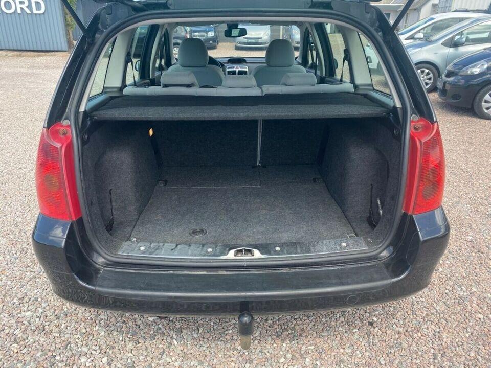 Peugeot 307 1,6 XR stc. Benzin modelår 2004 km 194000