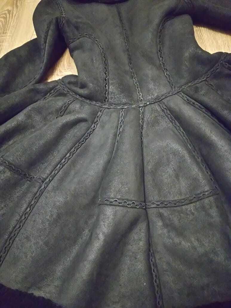 Alaia black  suede-Leather Shearling Princess Ple… - image 8