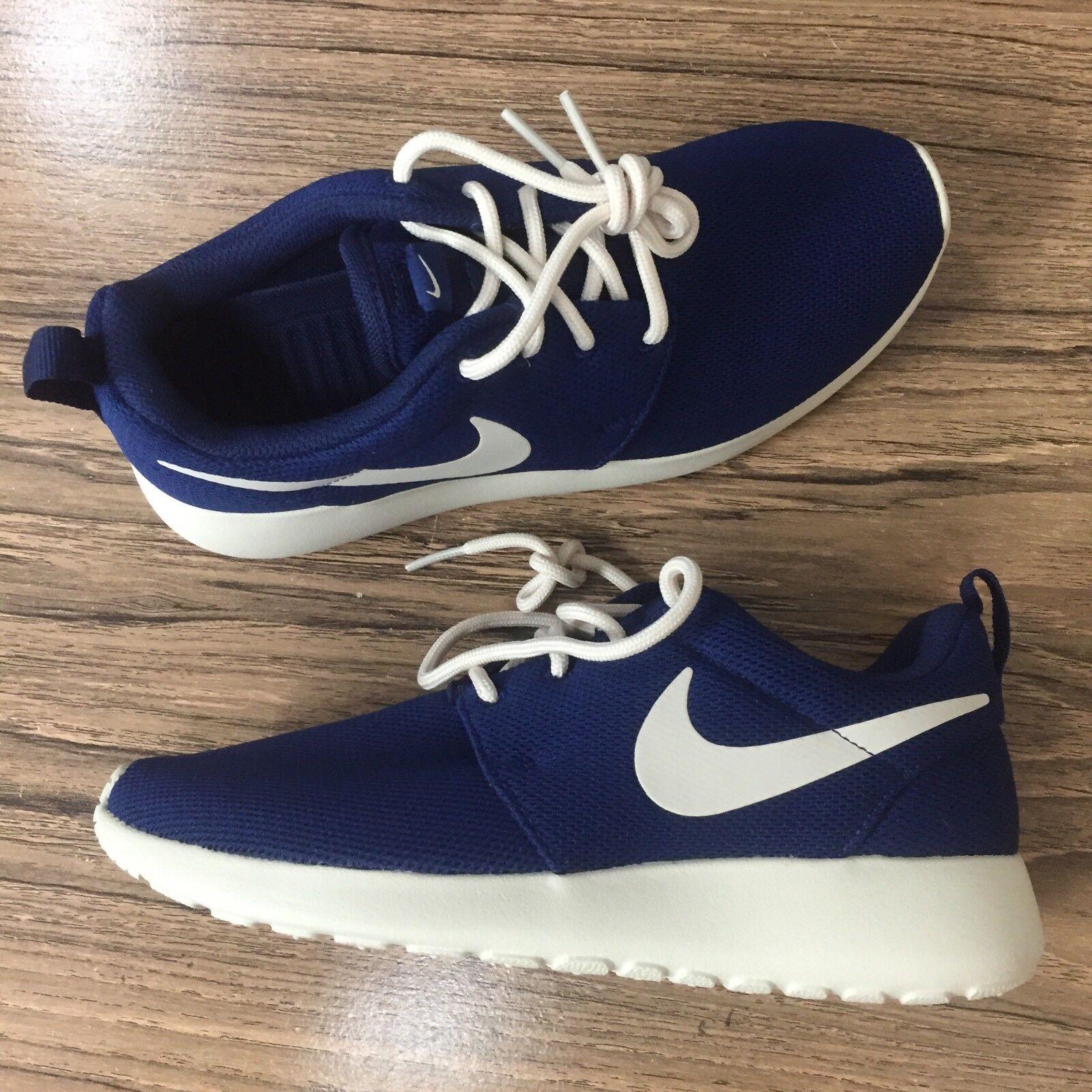 A338 Nike Womens Roshe One Running Blue NEW Oatmeal 511882-404 Size 5.5 NEW Blue 665cff