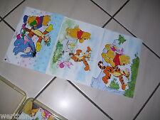 Alter Kasten mit Disney-puzzel Klötze
