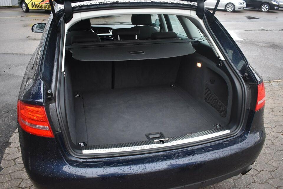 Audi A4 2,0 TFSi 180 Avant Benzin modelår 2011 km 84000 Sort