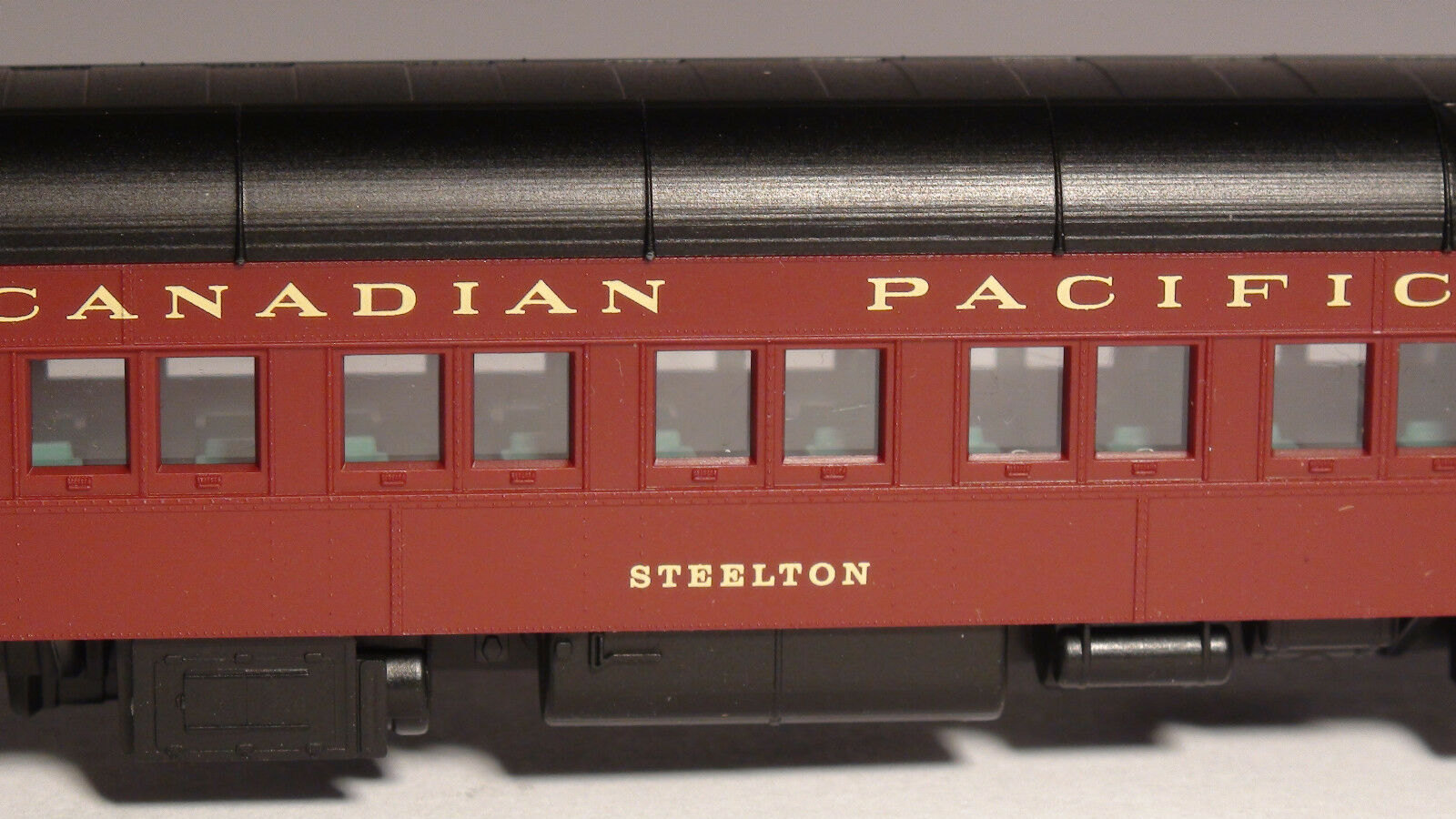 MICRO-TRAINS 142 00 080 CP CANADIAN PACIFIC HEAVYWEIGHT SLEEPER CAR