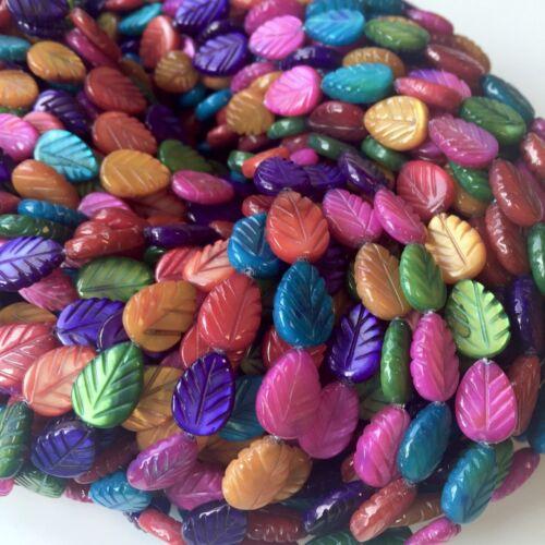 Brin de 31 feuilles teint shell leaf beads mix couleurs
