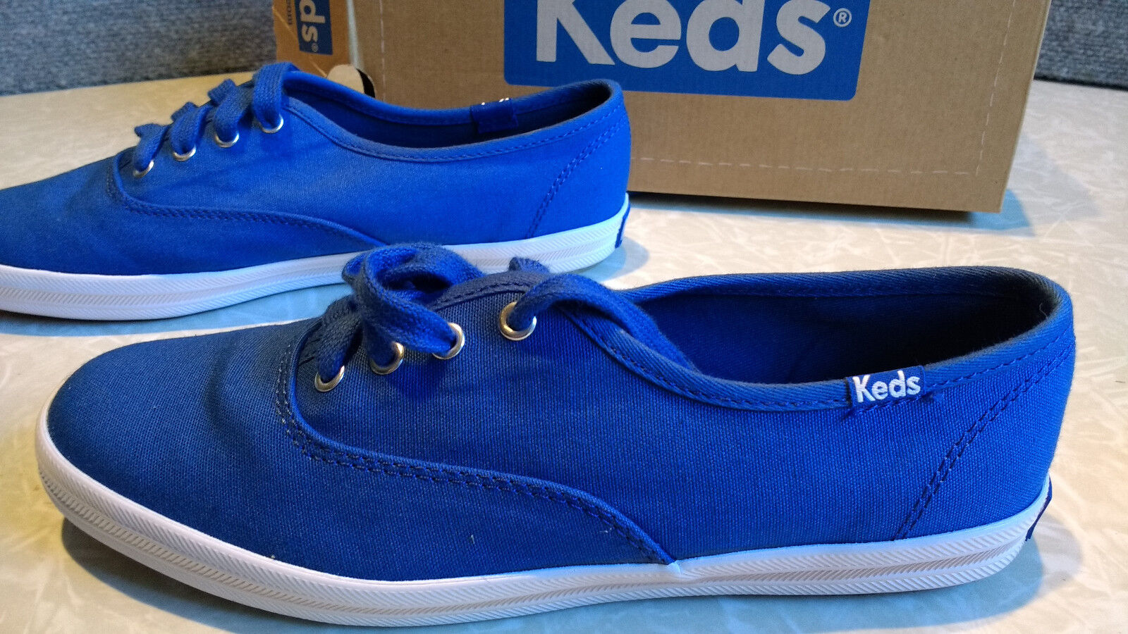 NWT $50. Up MSRP Womens Keds Lace Up $50. Canvas  Boat Shoes 7e3f9f