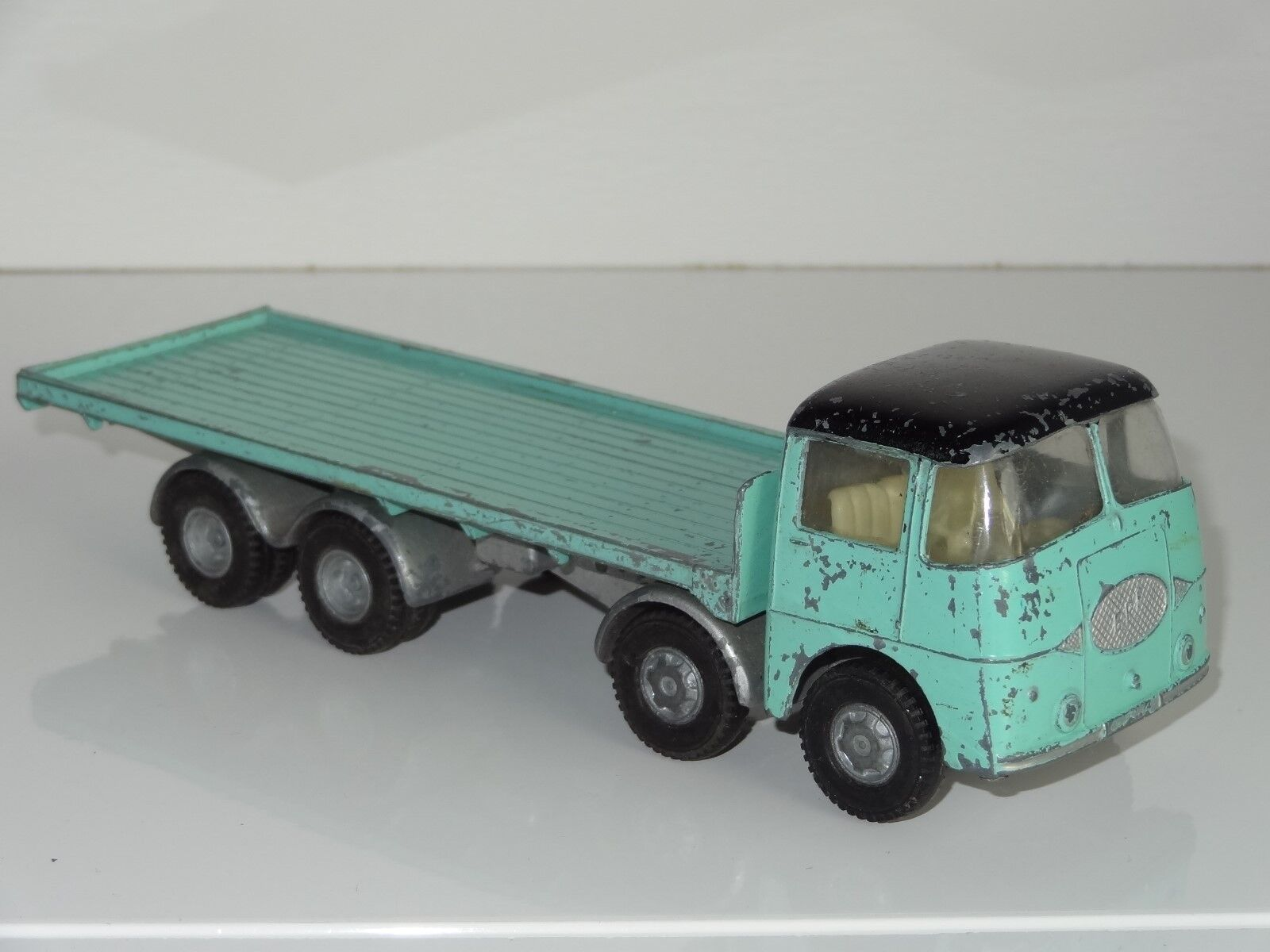 (EB) TRIANG Spot On ERF 68G Flatbed - 109 2P