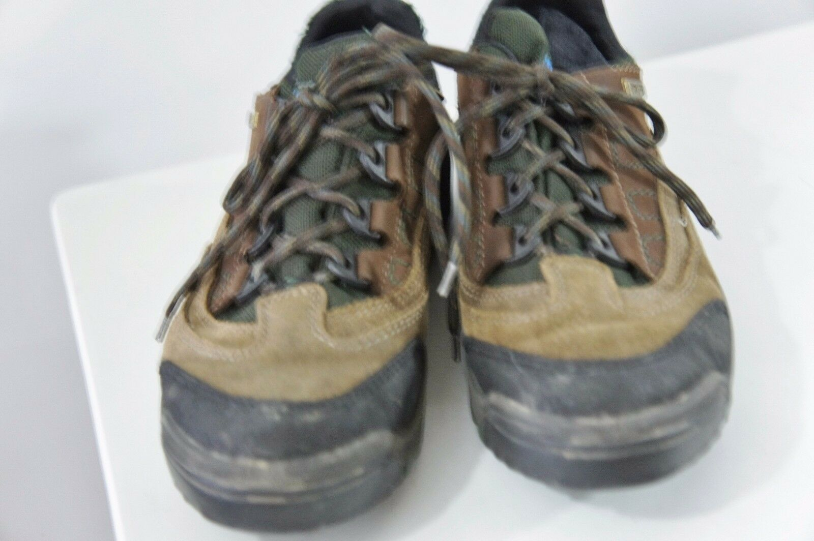 LL Bean Women's Size 8 Hiking Trail shoes Brown Suede Hiker Boots Gore-tex