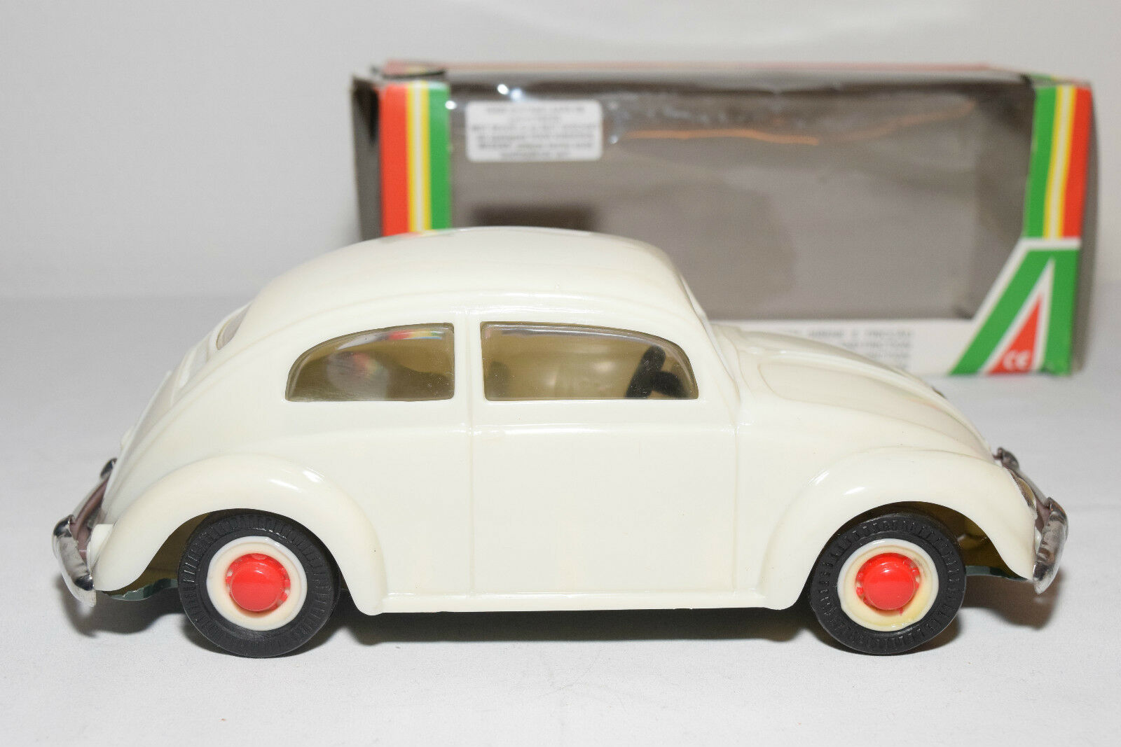 PEPE PORTUGAL PORTUGAL PORTUGAL PLASTIC VW VOLKSWAGEN BEETLE KAFER WHITE NEAR MINT BOXED 410026