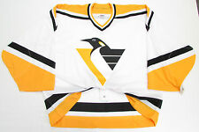 PITTSBURGH PENGUINS WHITE CCM 6100 TEAM ISSUED GOALIE CUT JERSEY SIZE 60 *RARE*