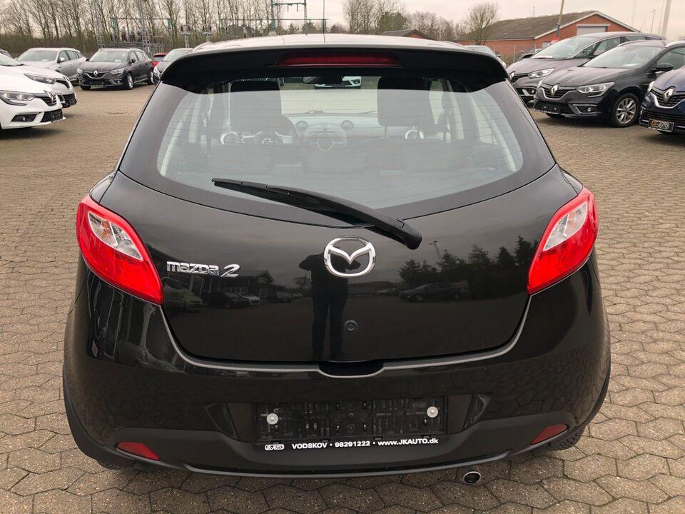 Mazda 2 1,3 86 90th Anniversary Benzin modelår 2010 km
