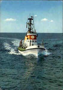 DGRS-Rettungsschiff-Schiff-Rettungsboot-Rettungskreuzer-auf-See-color-AK-1973