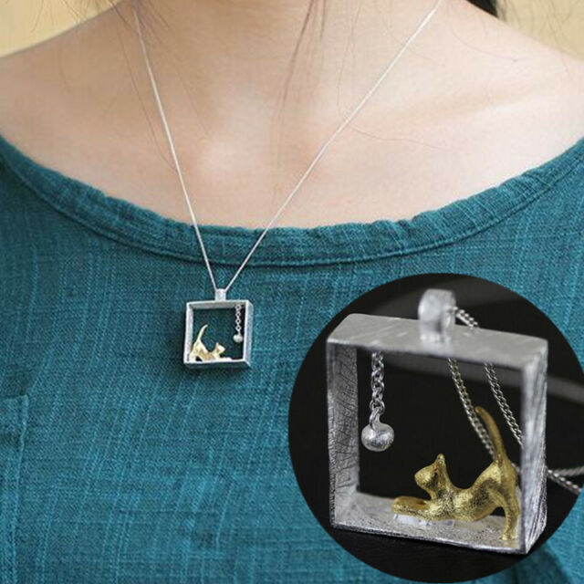 1Pc Elegant Cat Small Ball Frame Necklace Clavicle Chain Jewelry Decorations