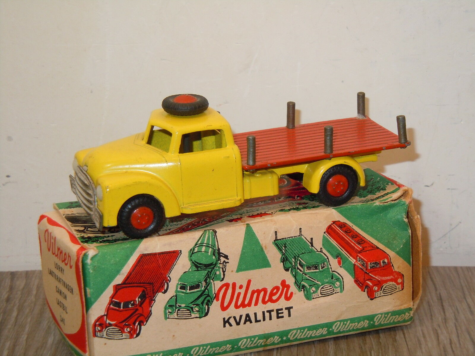 Dodge Lorry Lastkraftwagen Camion Lastbil van Vilmer 341 Denmark in Box 22026
