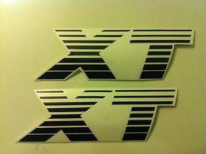Stickers-autocollants-monogramme-Peugeot-205-XT-noir-black