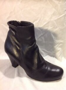 5TH Avenue Black Ankle Leather Boots