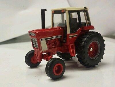 1/64 ERTL custom international ih 886 tractor farm toy