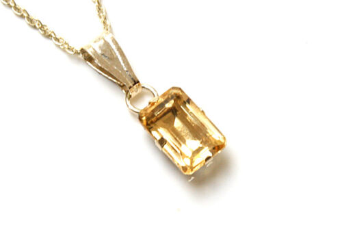 """9ct Gold Small Citrine Pendant and 18/"""" Chain Gift Boxed Necklace Made in UK"""