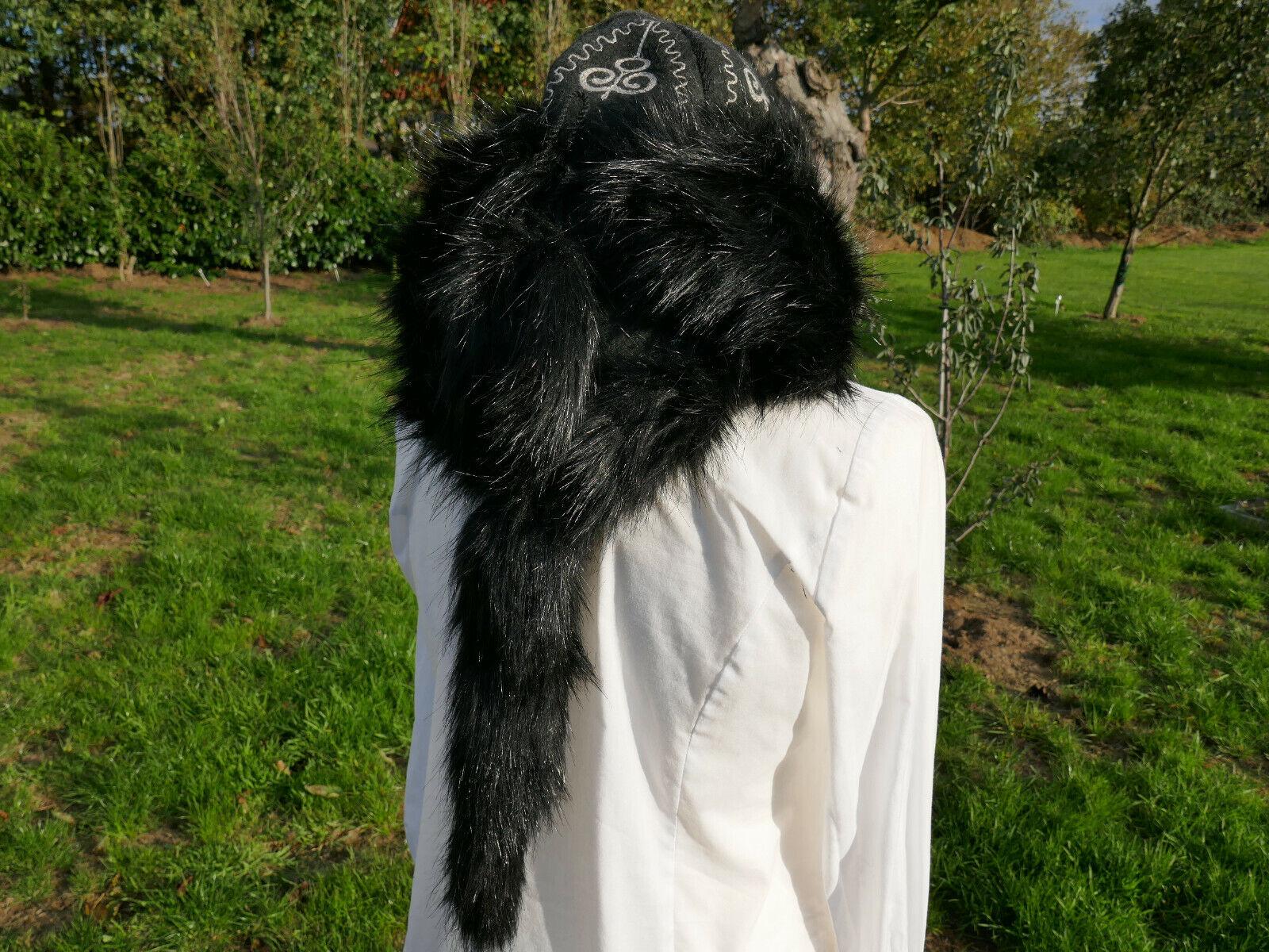 Felt Hat malahai Uschanka Hat Fur Hat with Swan Winter Hat LARP Medieval