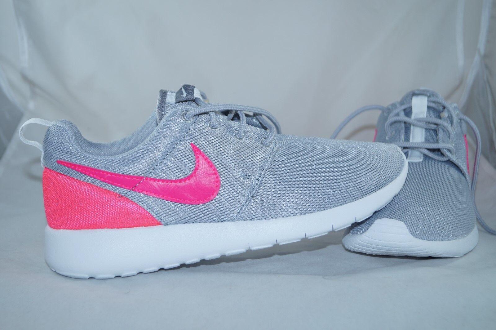 Nike Roshe Rosa One ( GS ) GR: 38,5 Rosa Roshe Running Laufschuhe Jogging 1e9cf8