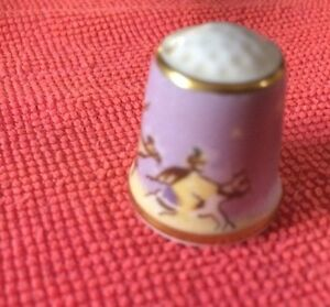 Sutherland-Thimbles-Biblical-Scene3-Camels-Possible-Arrive-Of-The-Wise-Men