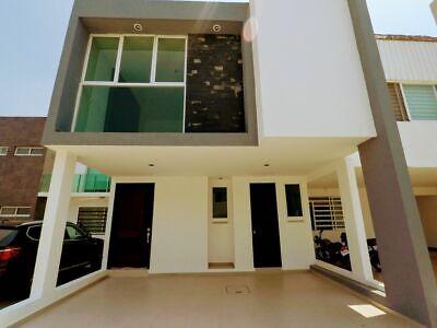 Casa en venta- Fraccionamiento Zafiro-Leon Gto