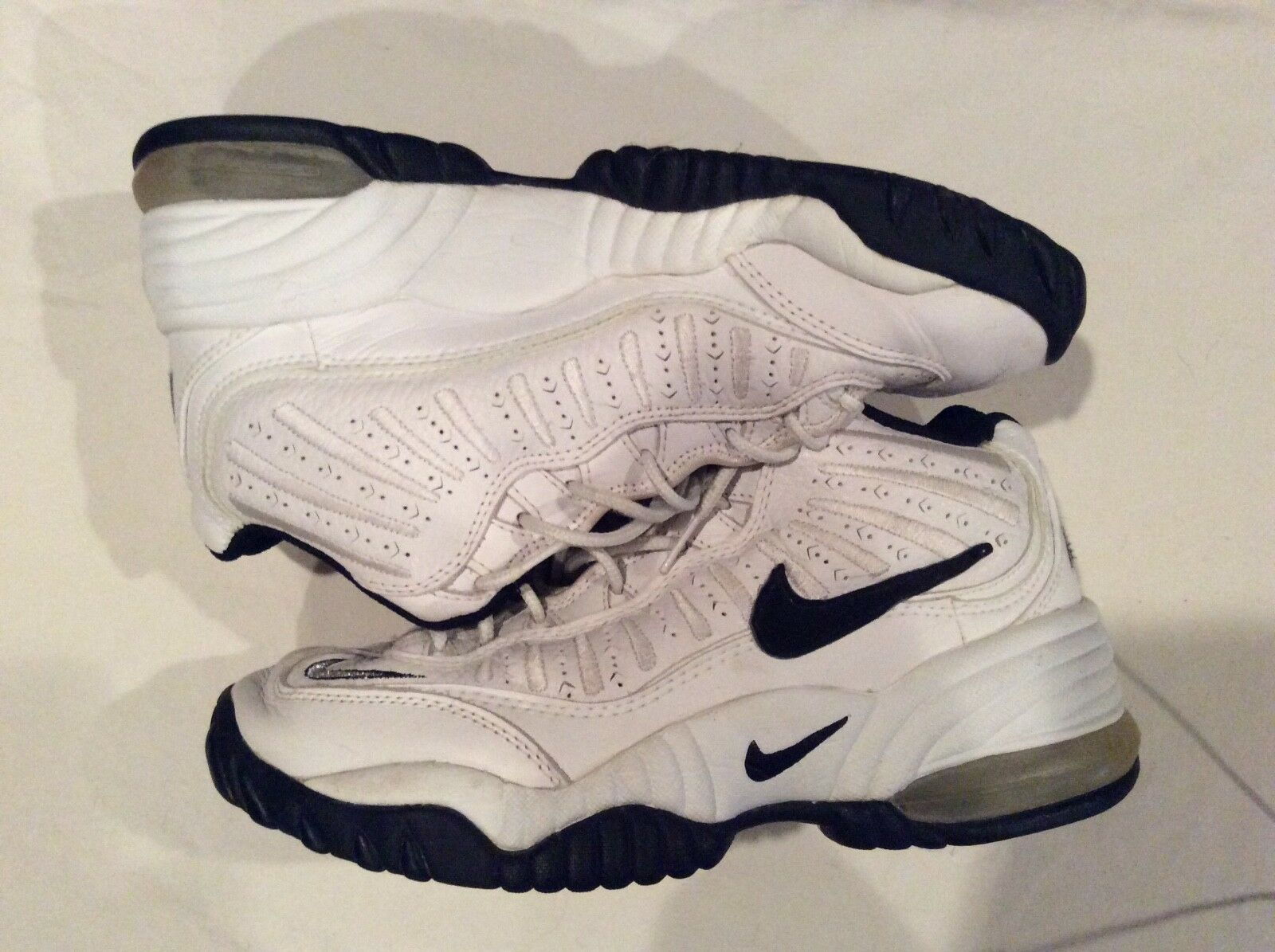 Nike Men's Vintage White Hightop Hightop Hightop Basketball Shoes, size 9 01192e