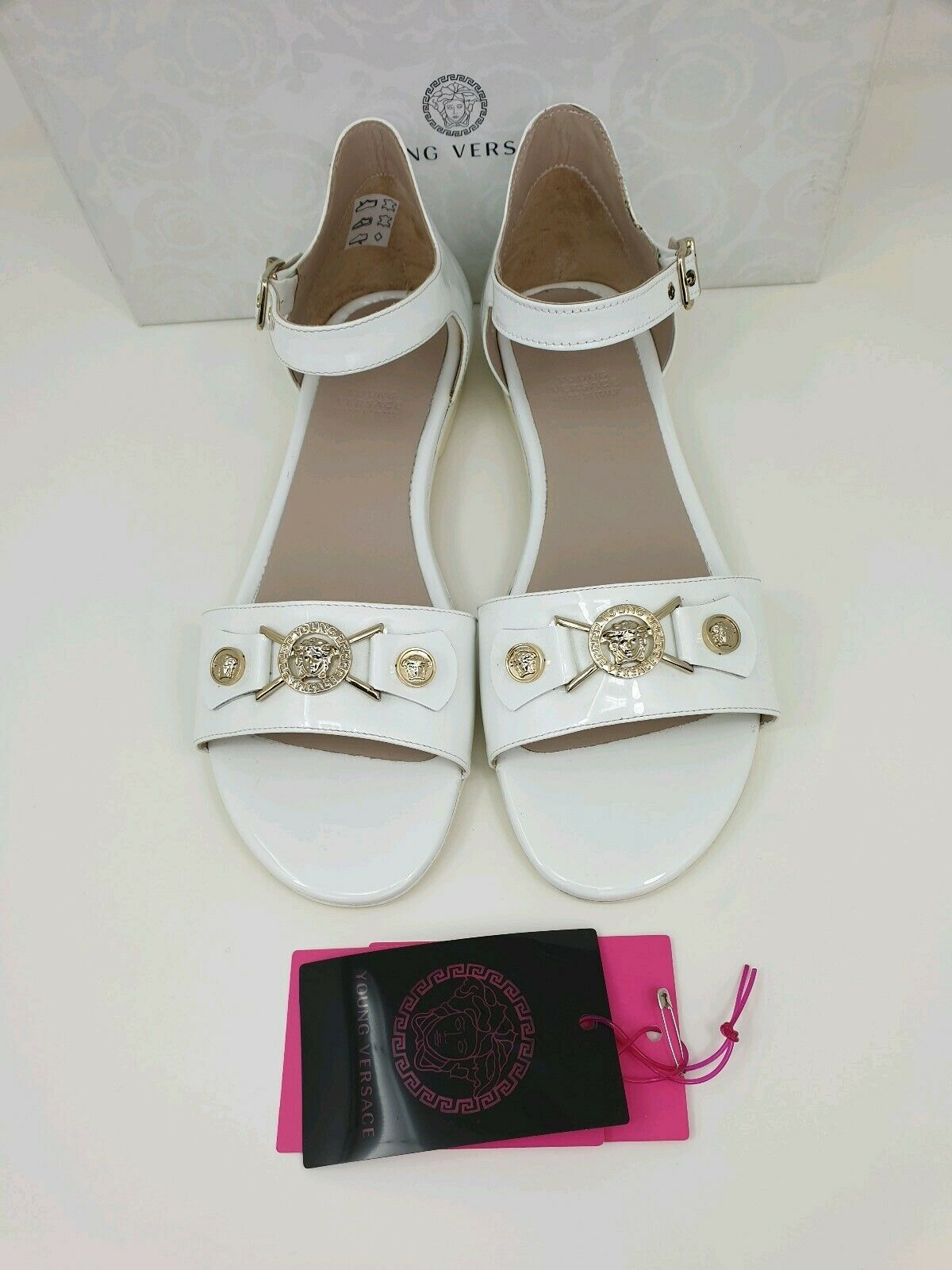 ae82e880 YOUNG VERSACE WHITE PATENT LEATHER LEATHER LEATHER SANDALS WITH gold ...