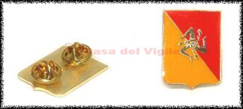 Trinacria siciliana smaltata a spilla grande da giacca regione sicilia