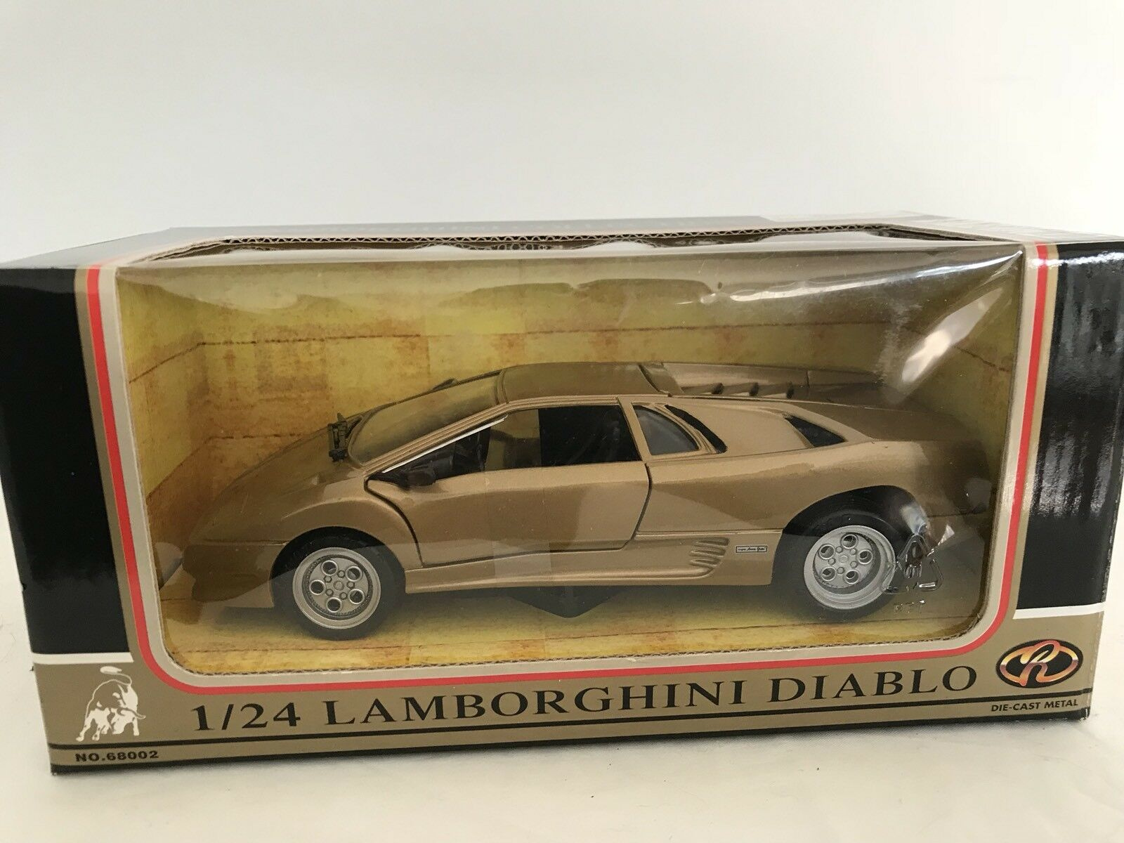 MotorMax 68002 Lamborghini Diablo gold 1 24 Mint & Boxed