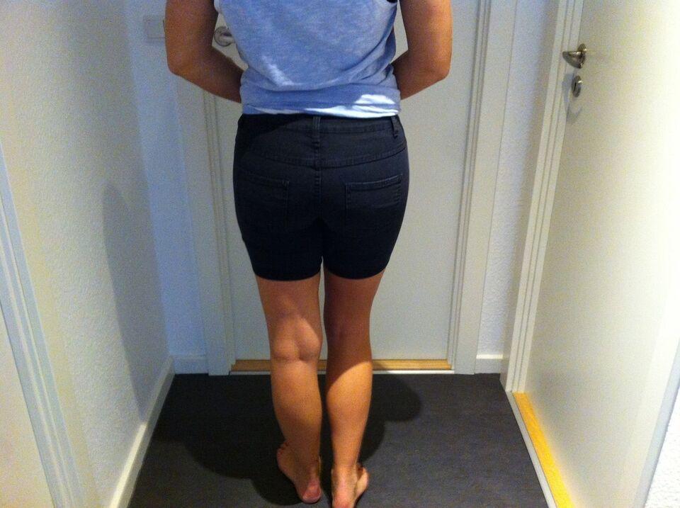 Shorts, Vila, str. 26