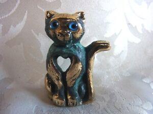 Bronze-Figur-Katze-cat-mit-antiker-Patina-328-6