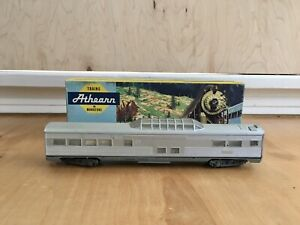 Ho-Scale-Athearn-Vista-CB-amp-Q-Passenger-Car-Selling-As-Is-For-Parts