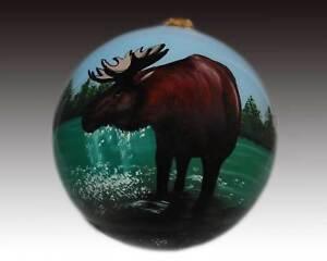 Bull-Moose-Inside-Painted-Glass-Christmas-Ornament