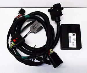 genuine holden new trailer towbar wiring harness suits sedan vf rh ebay com au tow bar wiring harness jeep tow bar wiring harness jeep