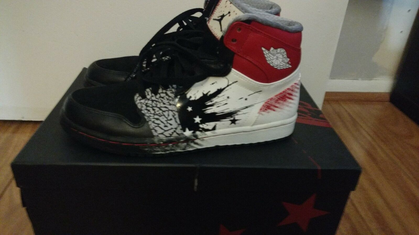 AIR JORDAN 1 HIGH DW  DAVE WHITE (WINGS OF THE FUTURE)  Size 8 black red white