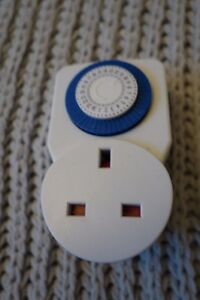 POWER-PLUS-24-HOURS-PROGRAMME-TIMER-New-without-tags-White-Blue-Plug-In