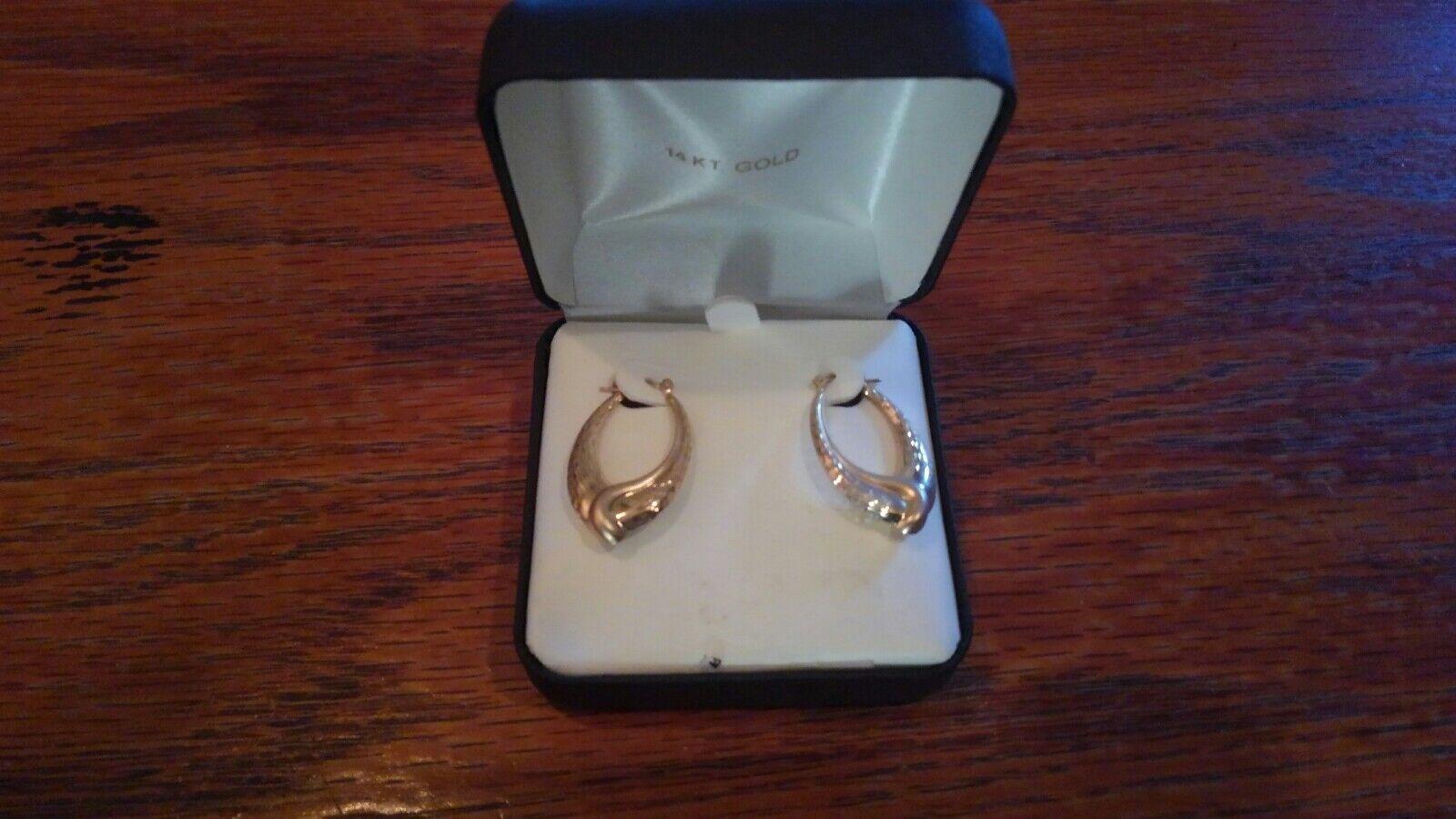 14 k gold Earrings New