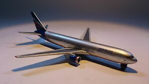 Herpa-470018-Aeroflot-Boeing-767-300-1-600-Scale-UK