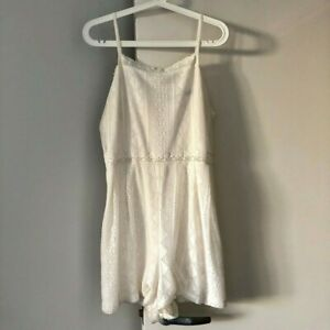 Almost New Condition! Lovely Size L 2019 Fashion Sportsgirl Lace Playsuit White