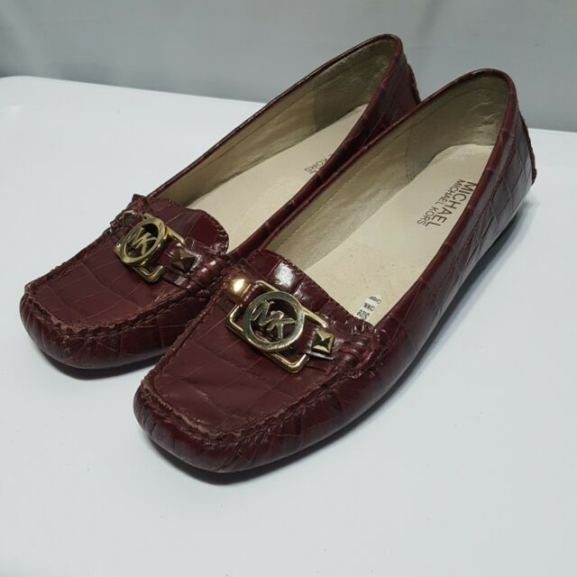 Michael Kors Charm burgundy loafer crocodile pattern leather flats shoes sz 6.5