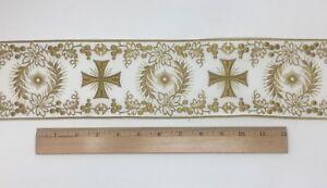 Orphrey-Croce-Design-Oro-Anticato-su-Bianco-Bendaggio-9-5cm-Ampio-Venduto-da